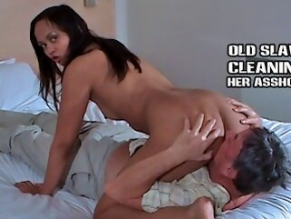 Older slave cleans feet pussy and asshole shesboss kink mom