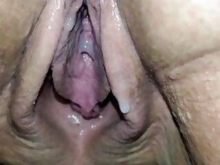 80YO GRANNY LUISA DRIPPING CREAM bbw mature milf