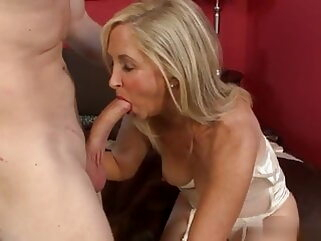 The start of my granny fetish 082 anal cumshot old & young