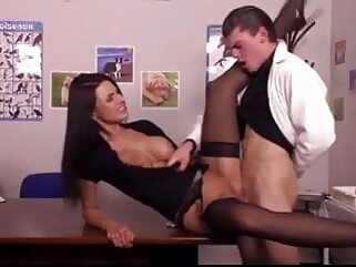 La Veterinaire - The Veterinarian - full movie anal hardcore stockings