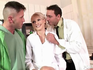 Naughty blonde nurse Wiska pussy fisted and double pene anal big tits blonde