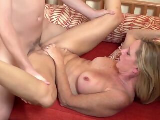 Mom Mom Mom big ass big tits hd