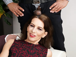 This Naughty Mature Lady Is Ready For Her Black Surprise - MatureNL big ass big tits dutch