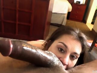 Pretty brunette gave a deep, sloppy blowjob o a black guy, whose dick is huge brunette facial hd