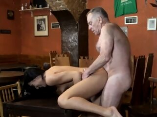 Old fuck girl Can you trust your gf leaving her alone with y brunette doggystyle hd