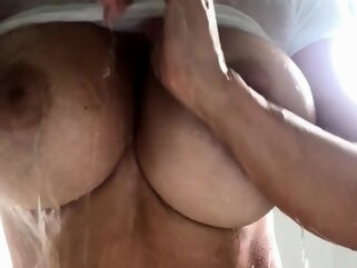 Solo in the shower amateur big boobs shower