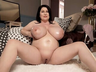Returning With Bigger Tits - Natalie Fiore - Natalie Fiore bbw big ass big tits
