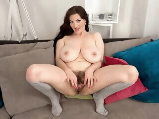 The Busty Hitcher Who Came In From The Cold - Vanessa Y. - Scoreland bbw big ass big tits